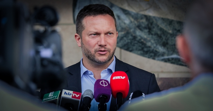 Fidesz Also Votes for Ujhelyi's Visa Package