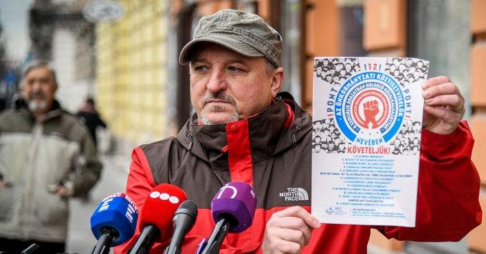 MSZP Takes Trade Unions' Call to Strike to Public Service Workers