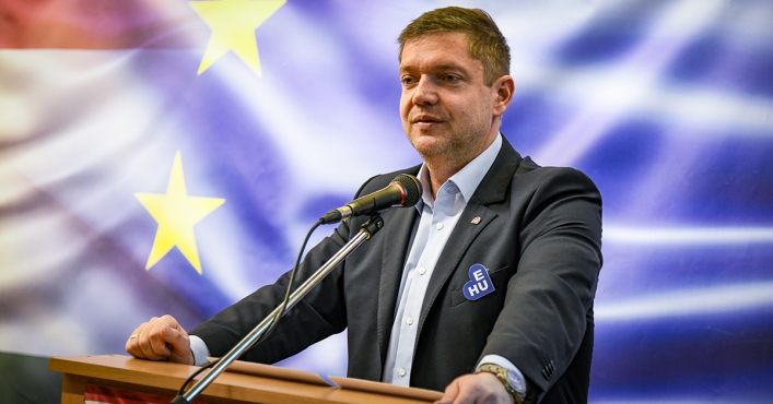 "Bertalan Tóth: ""We Are Fighting for a European Basic Income and European Values"""