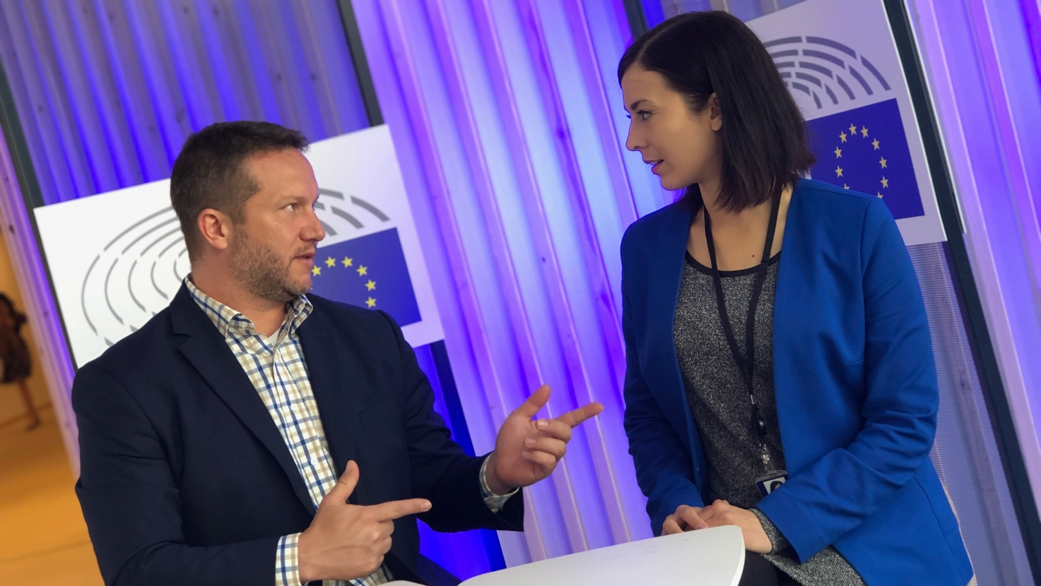 MSZP and Momentum Call MEPs from Fidesz' Opposition to Cooperate